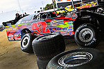 Feb 01, 2010; 3:30:27 PM; Gibsonton, FL., USA; The Lucas Oil Dirt Late Model Racing Series running The 34th annual Dart WinterNationals at East Bay Raceway Park.  Mandatory Credit: (thesportswire.net)
