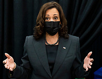 United States Vice President Kamala Harris talks with reporters while while touring a COVID-19 vaccination site with at Essex County Community College in Newark, New Jersey, USA, 08 October 2021.<br /> CAP/MPI/RS<br /> ©RS/MPI/Capital Pictures