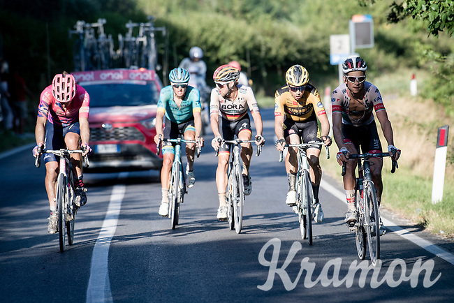 in the race finale these 5 remained:<br /> - Alberto Bettiol (ITA/EF Education First)<br /> - Jakob Fuglsang (DEN/Astana)<br /> - Maximilian Schachmann (DEU/Bora-Hansgrohe)<br /> - Wout Van Aert (BEL/Jumbo-Visma)<br /> - Davide Formolo (ITA/UAE-Emirates)<br /> <br /> 14th Strade Bianche 2020<br /> Siena > Siena: 184km (ITALY)<br /> <br /> delayed 2020 (summer!) edition because of the Covid19 pandemic > 1st post-Covid19 World Tour race after all races worldwide were cancelled in march 2020 by the UCI