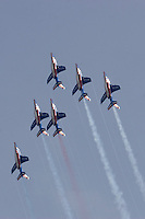 Patrouille de France Aviación acrobática. Acrobatic aviation. V FESTIVAL AEREO CIUDAD DE VALENCIA, 19/10/2008 - Playa de la Malvarrosa / Malvarrosa beach, Valencia, España / Spain