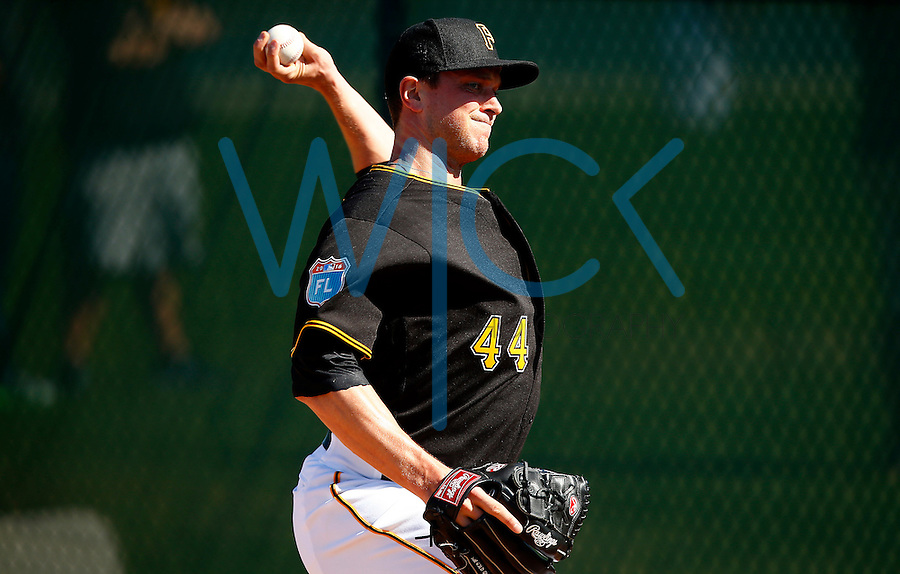 Tony Watson #44 of the Pittsburgh Pirates throws in the bullpen during spring training at Pirate City in Bradenton, Florida on February 19, 2016. (Photo by Jared Wickerham / DKPS)