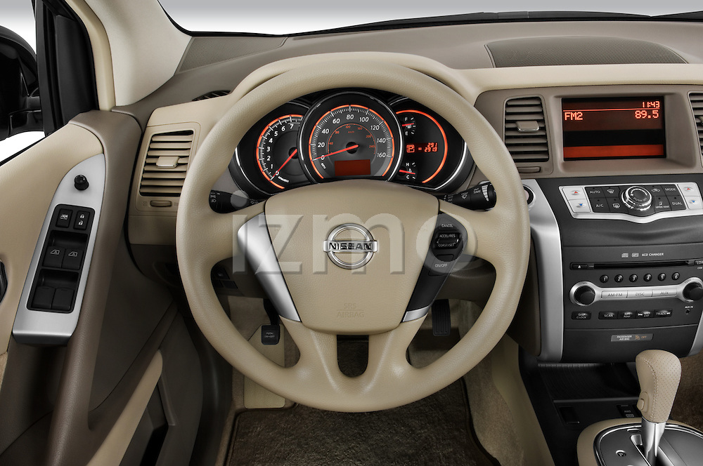 Steering wheel view of a 2009 Nissan Murano
