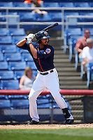 Binghamton Mets third baseman Derrik Gibson (15) at bat during a game against the Richmond Flying Squirrels on June 26, 2016 at NYSEG Stadium in Binghamton, New York.  Binghamton defeated Richmond 7-2.  (Mike Janes/Four Seam Images)