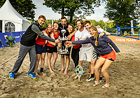 Rosmalen, Netherlands, 15 June, 2019, Tennis, Libema Open, Beachtennis winners with trophy<br /> Photo: Henk Koster/tennisimages.com