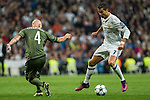 Legia Warszawa's Jakub Czerwinski Real Madrid's Cristiano Ronaldo during the match of UEFA Champions League group stage between Real Madrid and Legia de Varsovia at Santiago Bernabeu Stadium in Madrid, Spain. October 18, 2016. (ALTERPHOTOS/Rodrigo Jimenez)