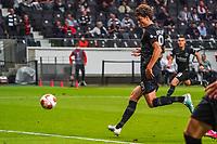 Sam Lammers (Eintracht Frankfurt) erzielt das Tor zum 1:1 - Frankfurt 16.09.2021: Eintracht Frankfurt vs. Fenerbahce Istanbul, Deutsche Bank Park, 1. Spieltag UEFA Europa League