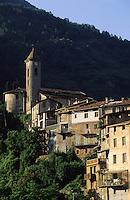 France/06/Alpes-Maritimes/Arrière pays niçois/Lantosque: Détail du bourg de Lantosque, autrefois étape importante sur la route du sel