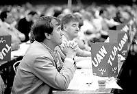 Union Leader Bob White attend the Canadian Labour Congress, January 30, 1984.<br /> <br /> Photo :  Agence Quebec Presse - Pierre Roussel