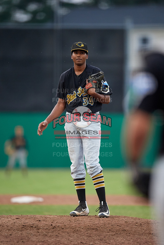 West Virginia Black Bears relief pitcher Francis Del Orbe (34) looks in for the sign during a game against the Batavia Muckdogs on July 2, 2018 at Dwyer Stadium in Batavia, New York.  West Virginia defeated Batavia 3-1.  (Mike Janes/Four Seam Images)