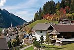 Italy, South Tyrol, Alto Adige, Dolomites, San Cristina in Val Gardena   Italien, Suedtirol, Dolomiten, Groednertal, St. Christina in Groeden
