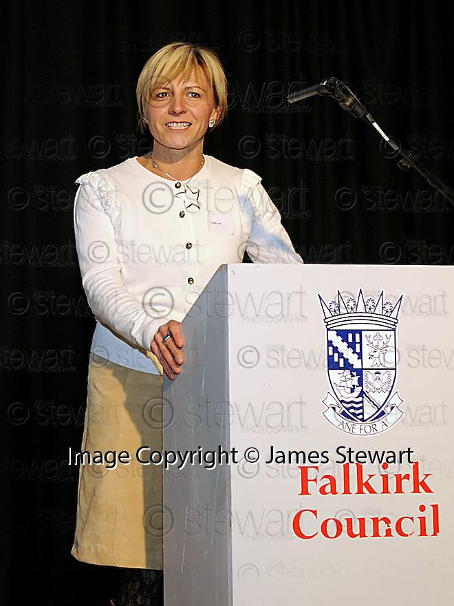 14/12/2010   Copyright  Pic : Lisa Ferguson / JSP.024_christmas_seminar_2010  .::  FALKIRK COUNCIL ::  LITTER STRATEGY :: CHRISTMAS SEMINAR 2010  :: HANIA SMITH ::.