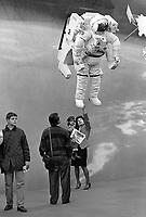 """- Milano, Fiera Campionaria 1988, la """"Grande Fiera di Aprile""""; padiglione della NASA<br /> <br /> - Milan, Trade Fair 1988, the """"Great April Far""""; NASA pavilion"""