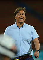MEDELLÍN -COLOMBIA-09-03-2017: Flabio Torres técnico de Deportivo Pasto gesticula durante el encuentro con Independiente Medellín por la fecha 9 de la Liga Águila I 2017 jugado en el estadio Atanasio Girardot de la ciudad de Medellín. / Flabio Torres coach of Deportivo Pasto gestures during match against Independiente Medellin for date 9 of the Aguila League I 2017 at Atanasio Girardot stadium in Medellin city. Photo: VizzorImage/ León Monsalve / Cont