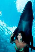 woman and false killer whale, Pseudorca crassidens, Sea Life Park, Oahu, Hawaii, USA, Pacific Ocean (c)