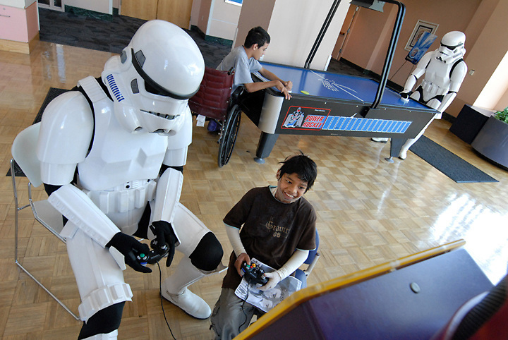 Storm Troopers from a Star Wars fan club visit Shriners Hospital for Children, Sacramento, California, August 26, 2008. (photo by Pico van Houtryve)