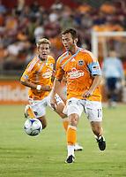 Houston Dynamo midfielder Brad Davis (11) advances the ball.  Houston Dynamo defeated FC Dallas 1-0 at Robertson Stadium in Houston, TX on May 9, 2009