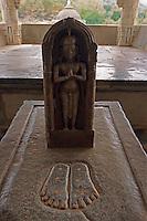 Indien, Rajasthan, Ranakpur, Chaumuk Jain-Tempel aus dem 15. Jh