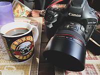 Taza de Guns n roses en el Cafe Cele.<br /> Camara Canon