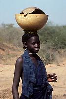 Peul, Niger<br /> <br /> (date inconnue)<br /> <br /> PHOTO : Michel Faugere Publiphoto- Agence Quebec Presse