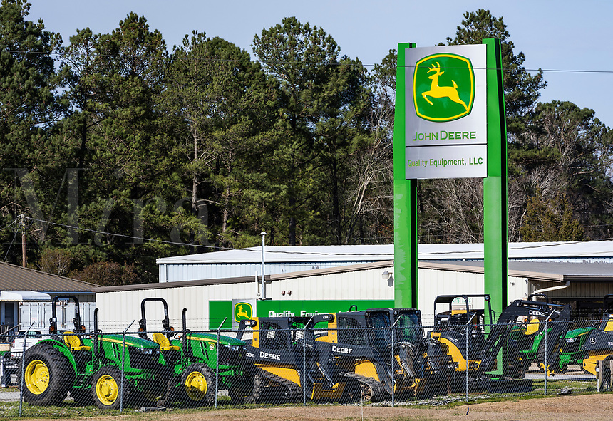 John Deere equipment dealership, Jacksonville, North Carolina, USA.