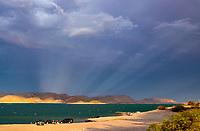 Lake Pleasant, storm, storm chasing, storm chaser, Arizona, weather, clouds, desert, mountains, rain, monsoon, anti crepuscular rays, light rays
