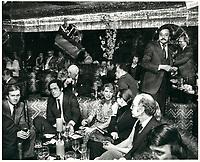 Francis Fox<br /> dans une discotheque (probablement CHEZ REGINE) , le 11 decembre 1978<br /> <br /> <br /> PHOTO :  Agence Quebec Presse