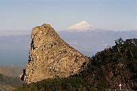Spanien, Kanarische Inseln, Gomera, Roque de Carmona, Blick auf Teide auf Tenereiffa