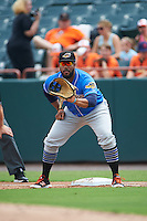 Akron RubberDucks first baseman Nellie Rodriguez (25) during the first game of a doubleheader against the Bowie Baysox on June 5, 2016 at Prince George's Stadium in Bowie, Maryland.  Bowie defeated Akron 6-0.  (Mike Janes/Four Seam Images)
