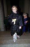 DANIELA MEMMO D'AMELIO<br /> BALLO DI BENEFICENZA AIRC A PALAZZO ALTIERI ROMA 2002