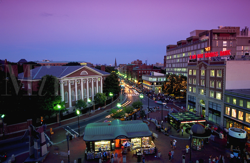 Harvard Square, Harvard University, Cambridge MA, Massachusetts, US, USA