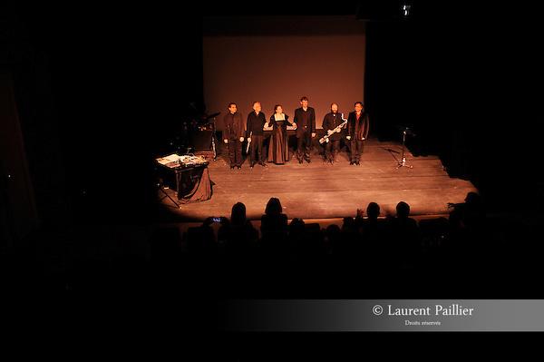 Ciné-concert autour de l'œuvre de Méliès..Compagnie FA7..Lumières :..Décors :..Lieu : Parc Culturel de Rentilly..Ville : Bussy St Martin..le 04/12/2011..© Laurent Paillier / photosdedanse.com..All rights reserved