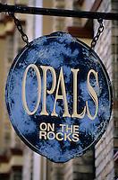 Océanie/Australie/Nouvelle Galles du Sud/Sydney: dans le quartier The Rocks detail enseigne d'un marchand d'opales sur Argyle Street-pierre semi précieuse emblematique de l'Australie