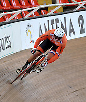 CALI – COLOMBIA – 18-01-2015: Jeffery Hoogland de Holanda en la prueba de Velocidad Varones en el Velodromo Alcides Nieto Patiño, sede de la III Copa Mundo UCI de Pista de Cali 2014-2015  / Jeffery Hoogland of Nederland in the Men´s Sprint Race at the Alcides Nieto Patiño Velodrome, home of the III Cali Track World Cup 2014-2015 UCI. Photos: VizzorImage / Luis Ramirez / Staff.