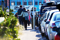 People walk along Lyall Parade in Wellington, New Zealand on Saturday, 11 September 2021. Photo: Dave Lintott / lintottphoto.co.nz