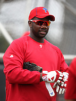 February 24, 2010:  First Baseman Ryan Howard (6) of the Philadelphia Phillies during practice at Carpenter Complex in Clearwater, FL.  Photo By Mike Janes/Four Seam Images