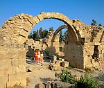 ZYPERN, Sued-Zypern, Paphos: Saranda Kolones (40 Saeulen) | CYPRUS, South-Cyprus, Paphos: Saranda Kolones (40 Columns)