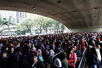 06.08.2018 - Mutirão por emprego forma fila gigante em SP
