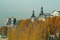 The Louvre Museum along the banks of the Seine in autumn, Paris, France.
