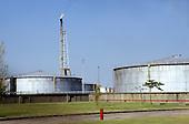 Argentina. Petroleum plant; metal containers.