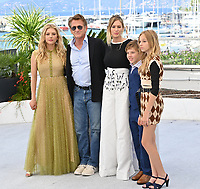 CANNES, FRANCE. July 11, 2021: Katheryn Winnick, Sean Penn, Dylan Penn, Beckam Crawford & Jadyn Rylee at the photocall for Flag Day at the 74th Festival de Cannes.<br /> Picture: Paul Smith / Featureflash