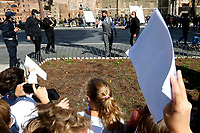 Actor Tom Cruise making photos and selfies with schoolchildren on the set of the film Mission Impossible 7 at Imperial Fora in Rome. <br /> Rome (Italy), October 13th 2020<br /> Photo Samantha Zucchi Insidefoto