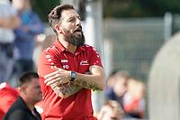 Trainer Francisco Ortega (Büttelborn) - Büttelborn 19.09.2021: SKV Büttelborn vs. SG Riedrode, Gruppenliga