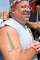 """The """"paranza"""", or """"lifters"""", at the """"Dancing of the Giglio"""" on July 9, 2006."""