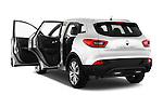 Car images of 2015 Renault Kadjar Bose Edition 5 Door Suv 2WD Doors