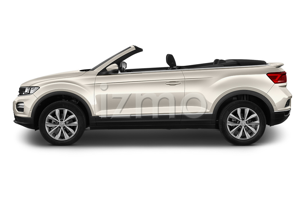 Car Driver side profile view of a 2020 Volkswagen T-Roc Style 5 Door SUV Side View