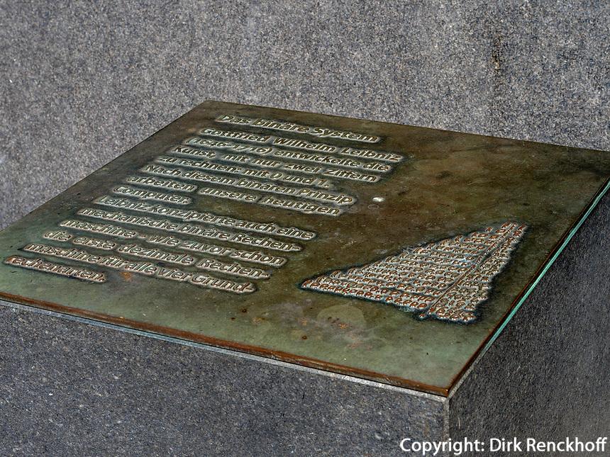 Gedenktafel Binäres System von Leibniz beim Opernplatz, Hannover, Niedersachsen, Deutschland, Europa<br /> Tablet -binary system by Leibniz, Hanover, Lower Saxony, Germany, Europe