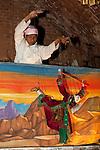 Myanmar (Burma), Mandalay-Division, Bagan: Traditional puppet show at the Nanda Restaurant | Myanmar (Birma), Mandalay-Division, Bagan: traditionelles Puppenspiel im Nanda Restaurant