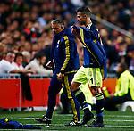 Nederland, Amsterdam, 5 november 2015<br /> Europa League<br /> Seizoen 2015-2016<br /> Ajax-Fenerbahce (0-0)<br /> Robin van Persie van Fenerbahce wordt gewisseld
