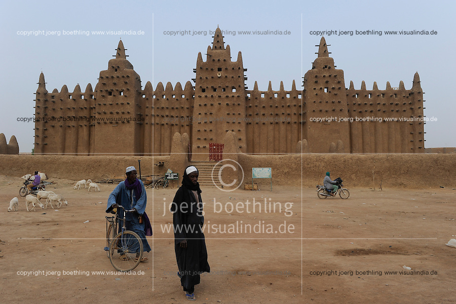 MALI Djenne , Grosse Moschee aus Lehm ist UNESCO Weltkulturerbe / MALI Djenne , Grand Mosque build from clay is UNESCO world heritage