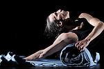 FLUT..Auteur : LINKE Susanne..Adaptateur : LINKE Susanne..Choregraphie : LINKE Susanne..Mise en scene : LINKE Susanne..Compositeur : FAURE Gabriel..Lumiere : LINKE Susanne..Costumes : LINKE Susanne..Avec :..DIETRICH Urs..Lieu : Theatre de la Ville Les Abbesses..Ville : Paris..Le : 07 06 2010..© Laurent PAILLIER / photosdedanse.com..All rights reserved